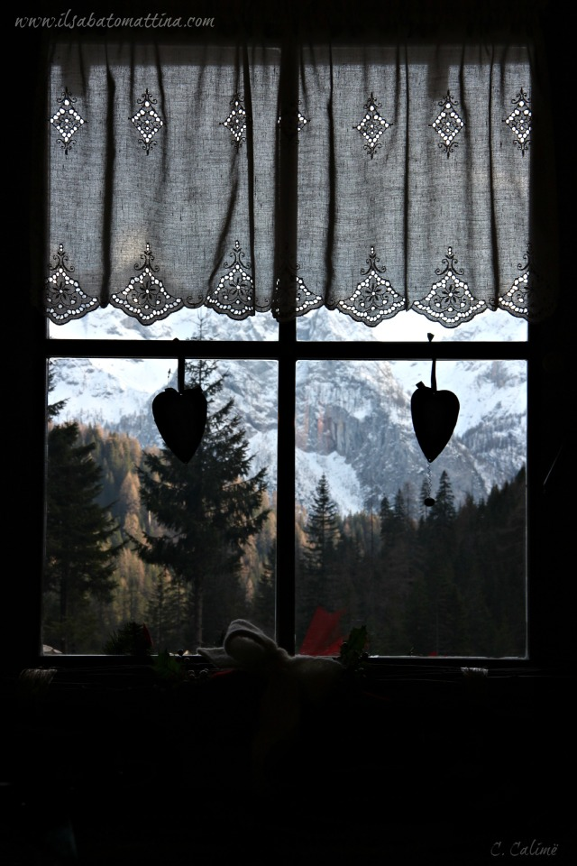 finestra-montagna window-mountain