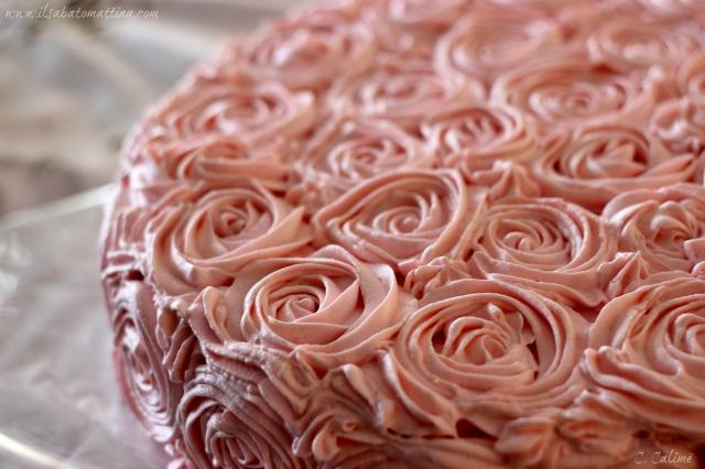 cake rose sac a poche 2